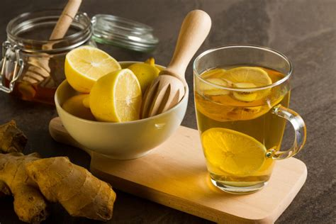 15 natural remedies for a sore throat: Marshmallow root