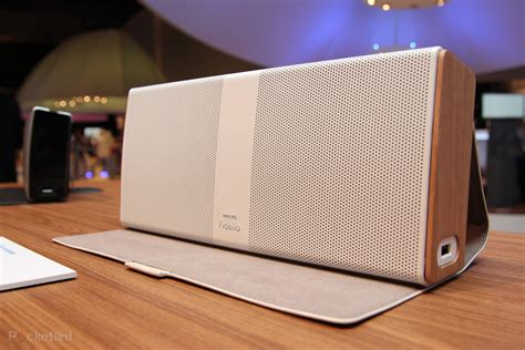 Philips Fidelio Portable Speaker pictures and hands-on