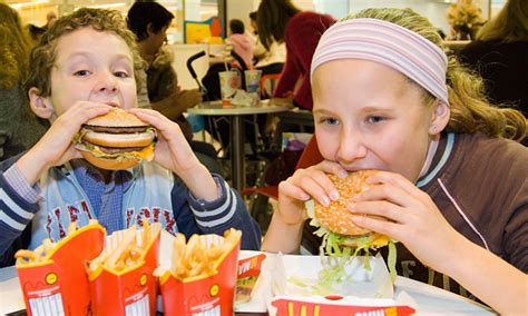 Children who see Happy Meal advertising 'put burger and