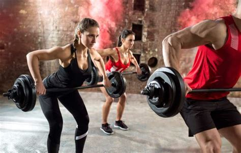 Group Fitness Kurse - PEOPLES FITNESS Rosbach