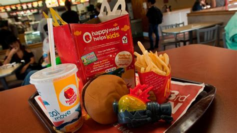 McDonald's is taking cheeseburgers out of the Happy Meal