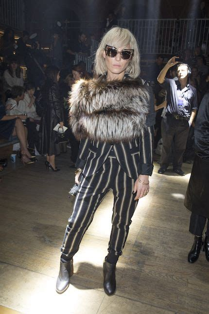 Noomi Rapaces 10 snyggaste looks!   Mode, Noomi rapace