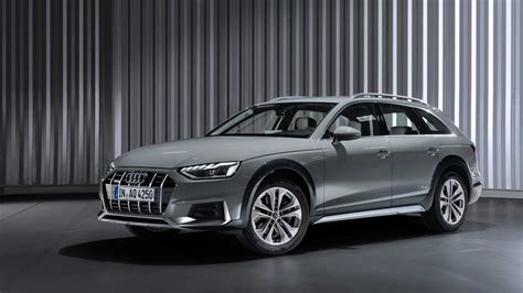 2020 Audi A4 Brings Traffic Light Information to Europe