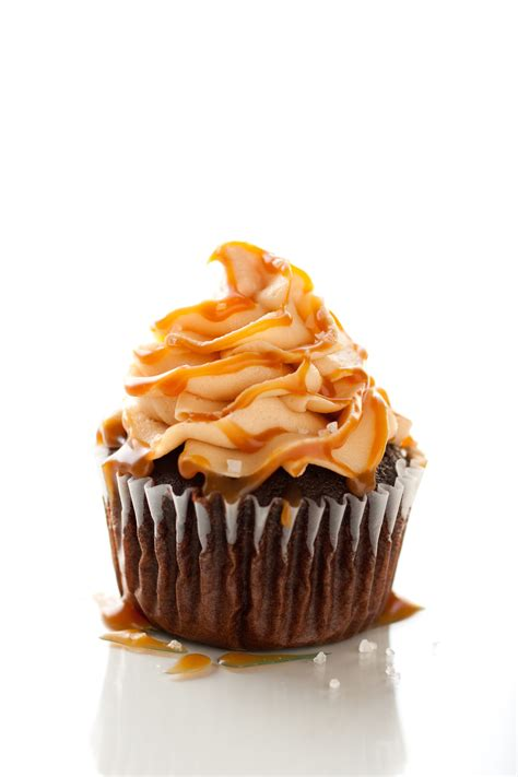 Chocolate Cupcakes with Salted Caramel Frosting - Cooking
