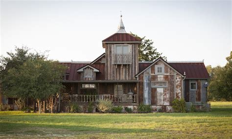 Look Inside an Antique Dealer's Dream Home in Round Top