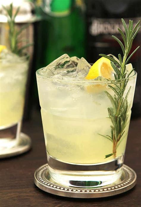 Top 10 Spring Cocktail Recipes for 2018 • Winetraveler