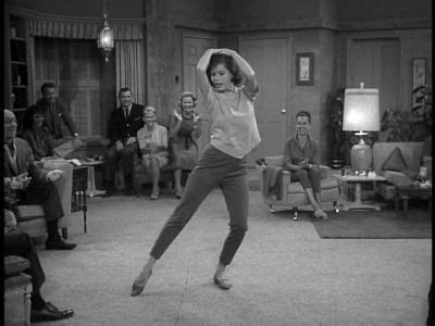 Mary Tyler Moore: This one stings | Tim Cain's Blog